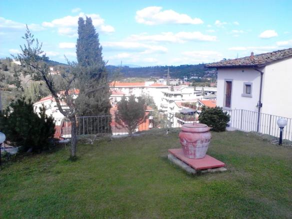 Tavarnuzze - Rocca del Palazzaccio