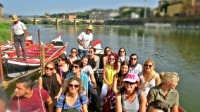 Bootsfahrt-auf-dem-Arno